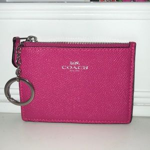 COACH leather key/coin/ID holder - mint condition